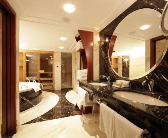 Hotel The Westin Zagreb Antropoti Travel